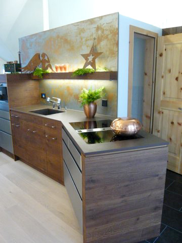 Eine Küche von der Ausstellung der Schreinerei Specker in Münchwilen.
