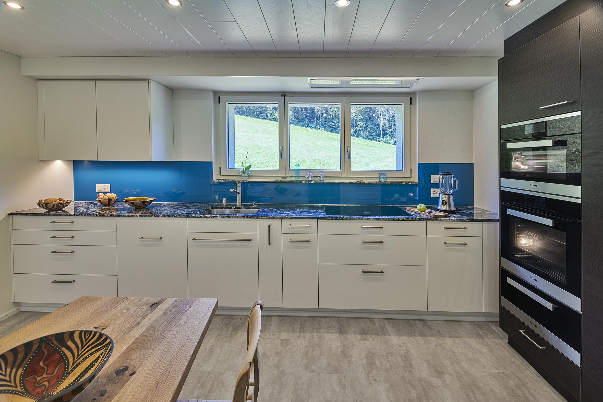 Schreinerei Specker, Küche, weiss, blau